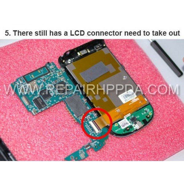 5 There still has a LCD Connector need to take out